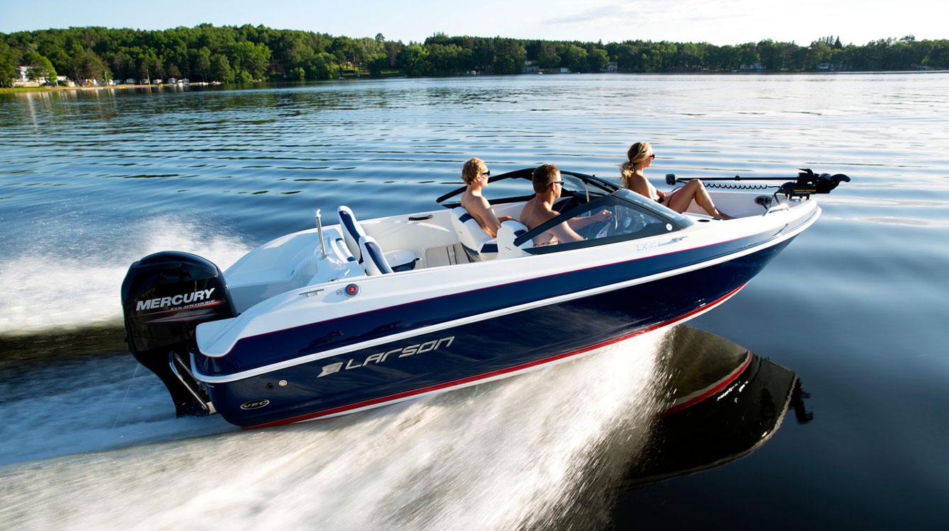Photos of Larson Boats