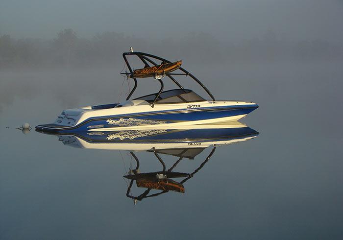 Skicraft Senator XR on Water