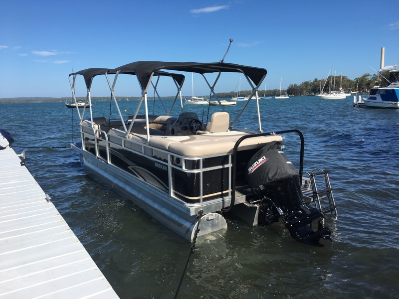 Seeker Pontoon Boats