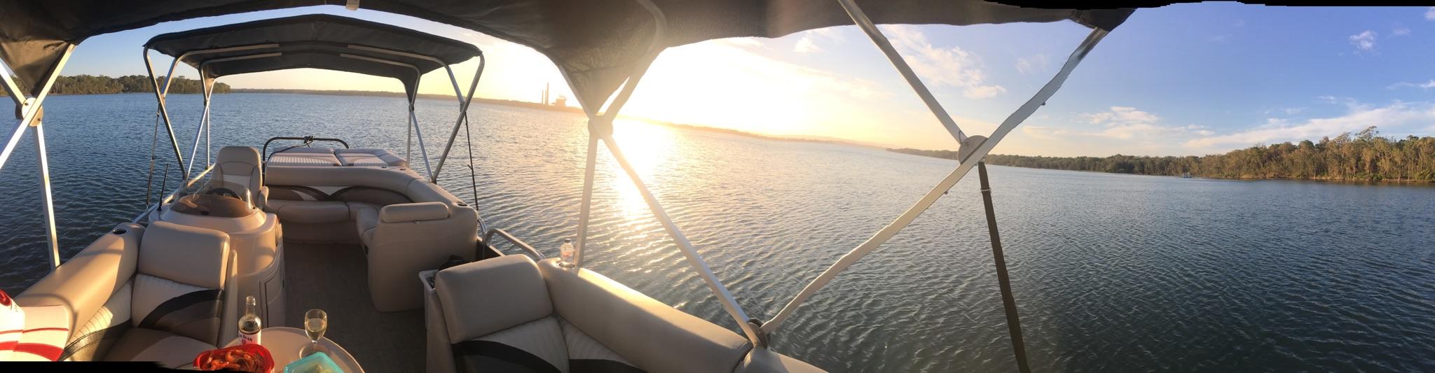 Seeker Pontoon Boats
