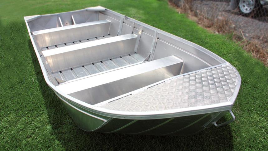 Camero Ski Boat Vision 21s